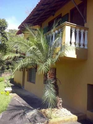 Casa em condomínio de 303,87m²,  para alugar