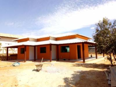 Casa em condomínio de 140,00m²,  à venda