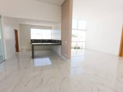 Casa em condomínio de 312,00m²,  à venda