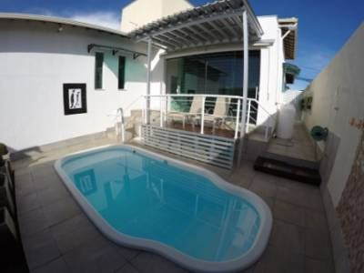 Casa em condomínio de 175,00m²,  à venda