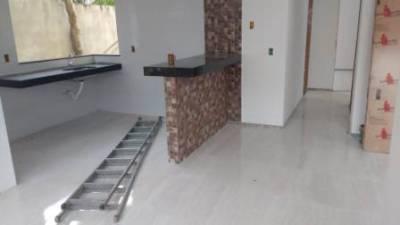 Casa de 95,00m²,  à venda