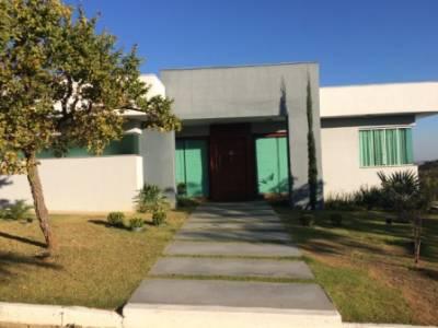 Casa em condomínio de 374,00m²,  para alugar