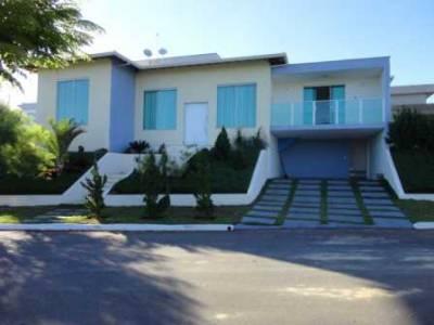 Casa em condomínio de 220,00m²,  à venda
