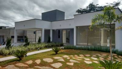 Casa em condomínio de 314,00m²,  para alugar