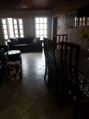 Casa em condomínio de 420,00m²,  para alugar
