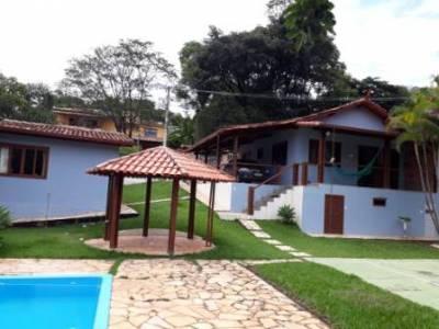 Casa em condomínio de 223,63m²,  à venda