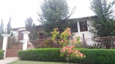 Casa em condomínio de 510,00m²,  à venda