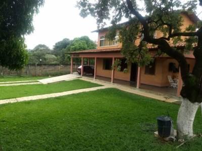Casa de 342,12m²,  à venda