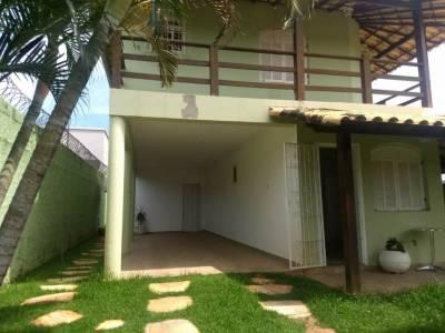 Casa de 241,14m²,  à venda