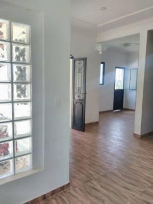 Casa de 175,00m²,  à venda