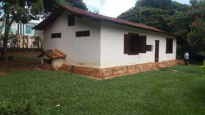 Casa de 189,00m²,  à venda