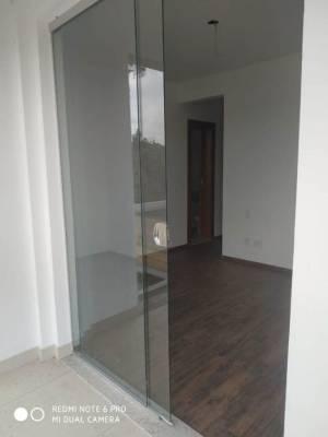 Apartamento de 135,95m²,  para alugar