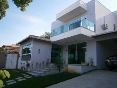 Casa de 254,00m²,  para alugar