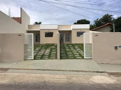 Casa de 61,44m²,  à venda