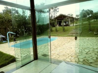 Casa em condomínio de 160,00m²,  à venda
