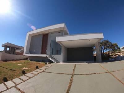 Casa em condomínio de 224,00m²,  à venda