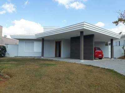 Casa em condomínio de 290,00m²,  à venda