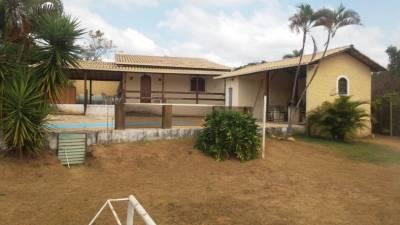 Casa em condomínio de 200,00m²,  à venda