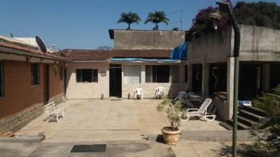 Casa comercial de 1.362,00m²,  à venda