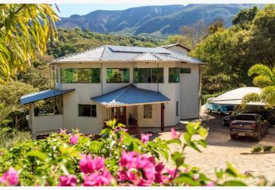 Casa em condomínio de 3.200,00m²,  à venda