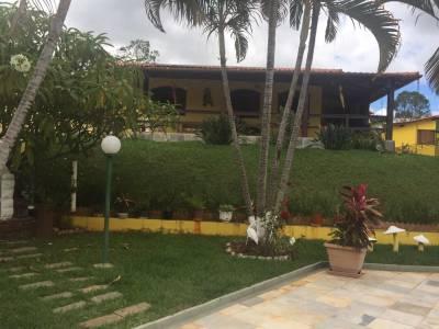 Casa em condomínio de 402,94m²,  à venda