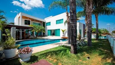 Casa em condomínio de 497,00m²,  à venda