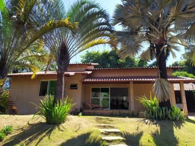 Casa em condomínio de 222,00m²,  à venda