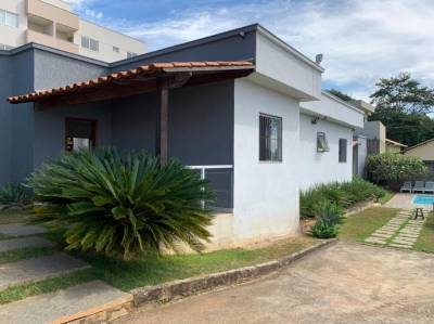 Casa de 645,00m²,  à venda