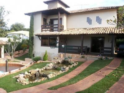 Casa em condomínio de 1.070,00m²,  à venda