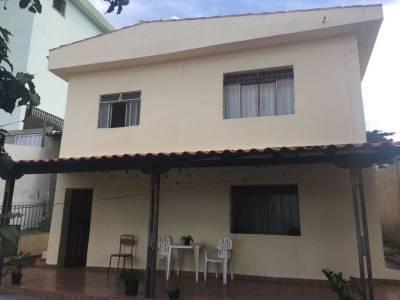 Casa de 396,00m²,  à venda