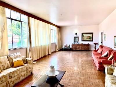 Casa de 357,00m²,  para alugar