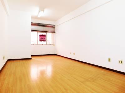Sala de 52,00m²,  à venda
