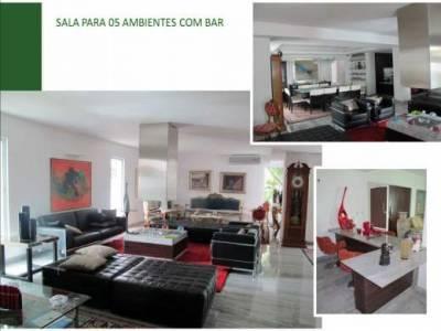 Casa de 1.500,00m²,  à venda