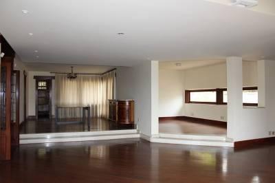 Casa de 574,42m²,  para alugar