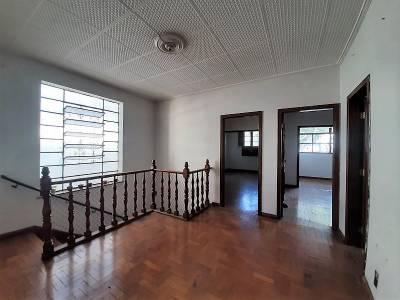 Casa de 320,00m²,  para alugar