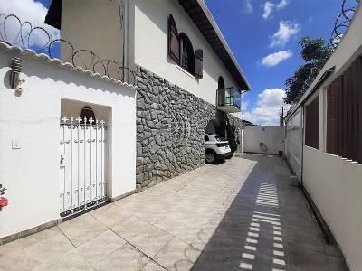 Casa de 407,00m²,  à venda