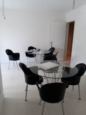 Apartamento de 81,26m²,  à venda