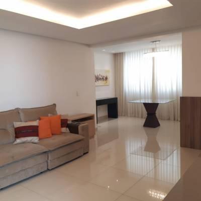 Área privativa de 163,65m²,  à venda