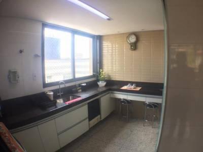 Apartamento de 271,71m²,  à venda