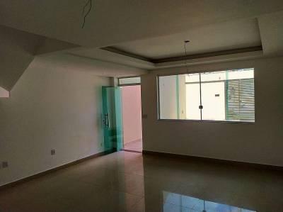 Casa de 122,39m²,  à venda