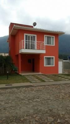 Casa em condomínio para alugar