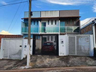 Casa de 69,30m²,  à venda
