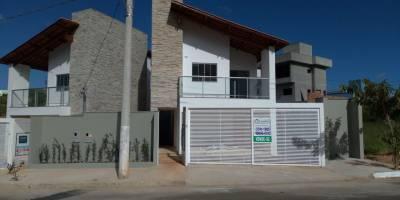 Casa de 185,00m²,  à venda