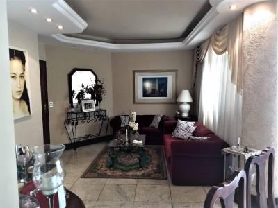 Apartamento de 226,23m²,  à venda