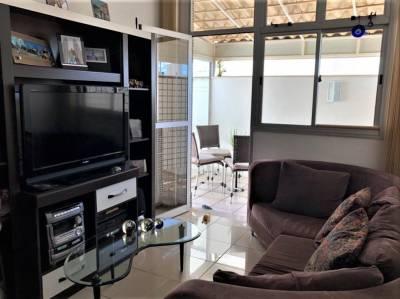 Área privativa de 95,75m²,  à venda