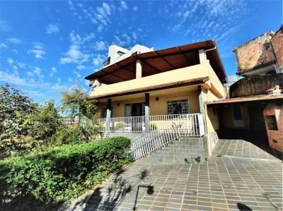 Casa de 378,97m²,  à venda