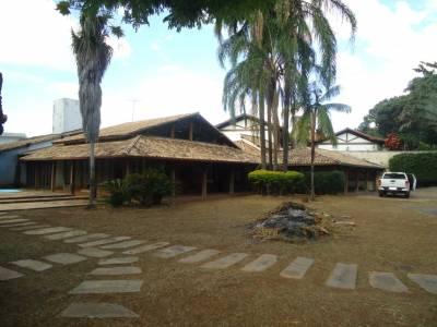 Casa de 594,00m²,  à venda