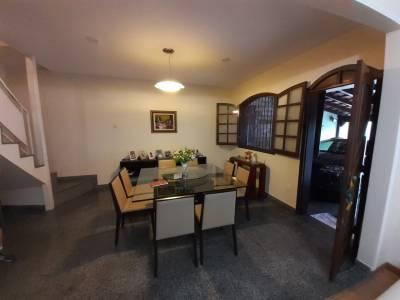 Casa de 387,00m²,  à venda