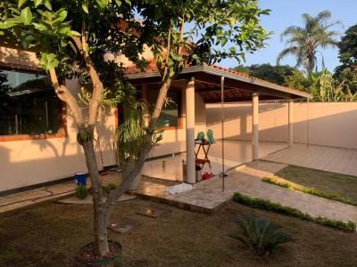 Casa de 264,00m²,  à venda
