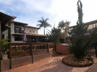 Casa em condomínio de 416,00m²,  à venda